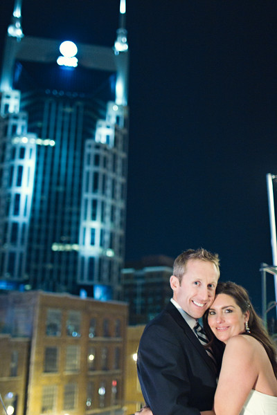 wedding in front of at&t batman building in nashville