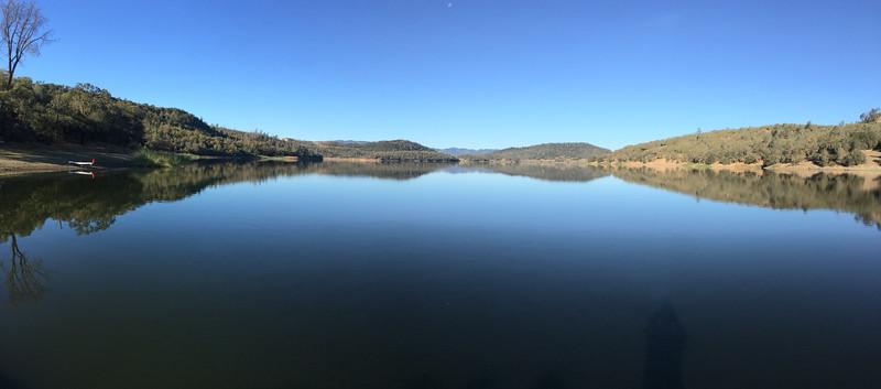 Lake Hennessy 15.JPG