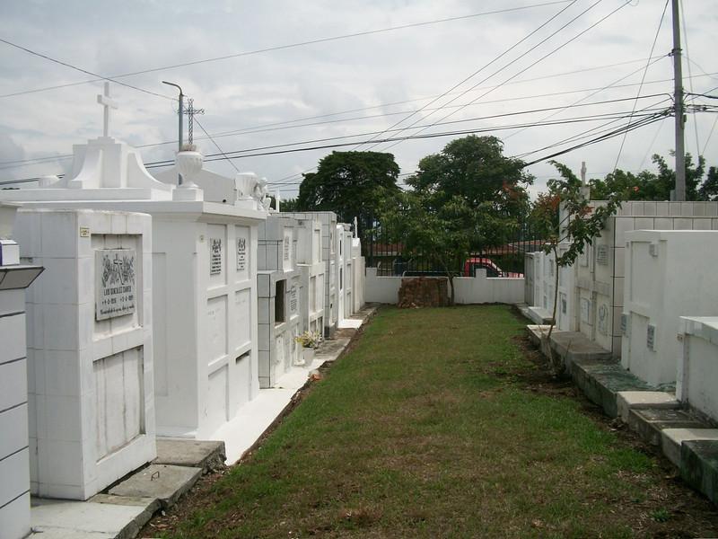 EscazuCentro_Cemetery1d.jpg