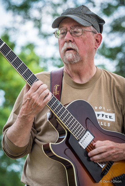 Mic McCormick--Minnesota Barking Ducks--2017 Rock Bend Folk Festival-St. Peter, MN.