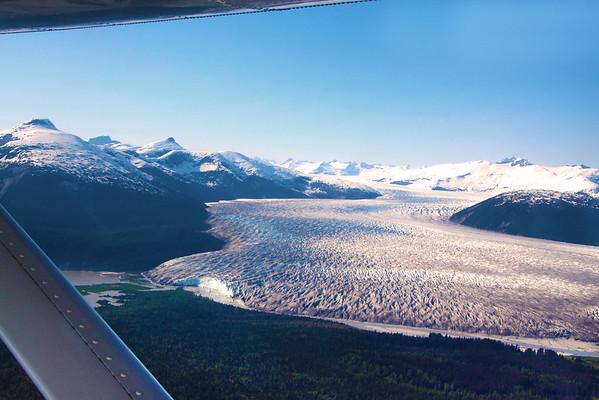 Juneau Alaska: Taku Glacier Lodge & Flightseeing