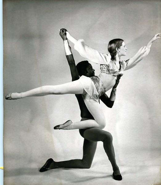 Dance_1274_a.jpg