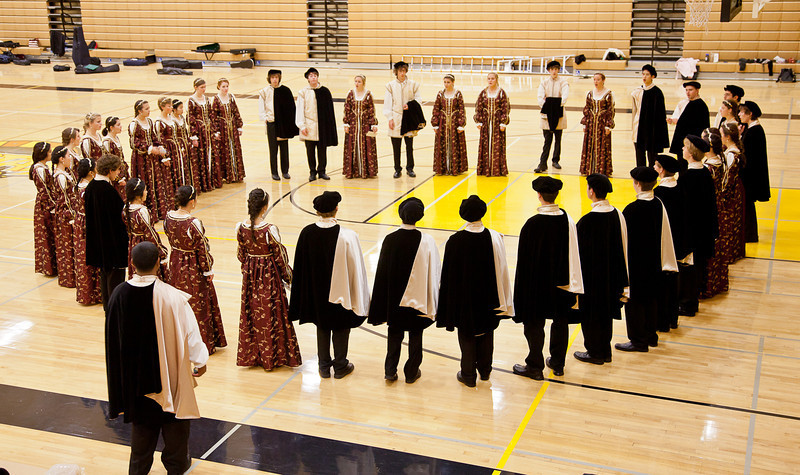 MVHS-Choir-Grp-7898.jpg