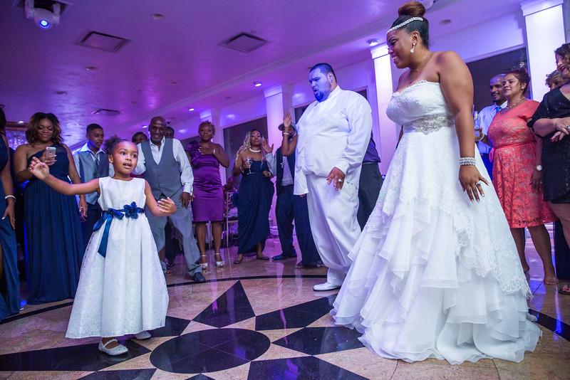 MER__1494_tonya_josh_new jerrsey wedding photography.jpg