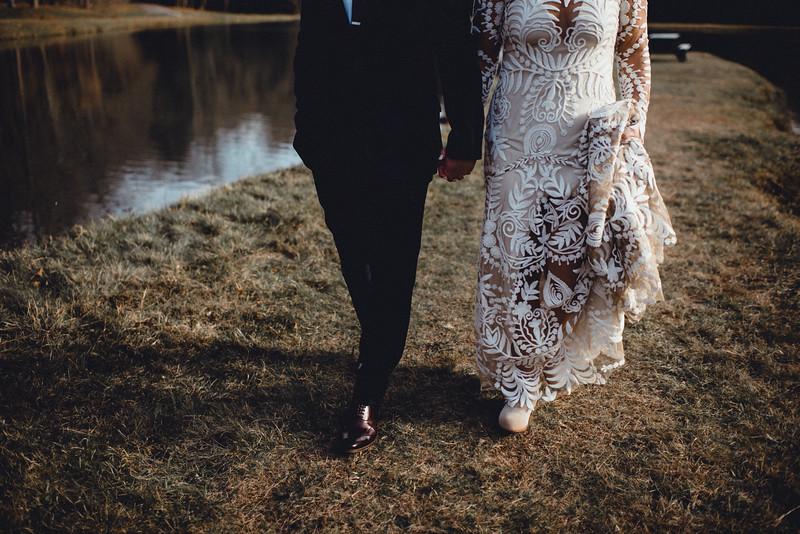 Requiem Images - Luxury Boho Winter Mountain Intimate Wedding - Seven Springs - Laurel Highlands - Blake Holly -789.jpg