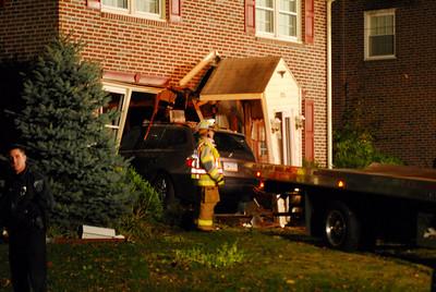 Car into house, Springfield