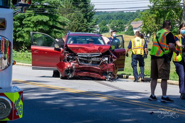 Accident w/ Entrapment - Caln - GO Carlson Blvd