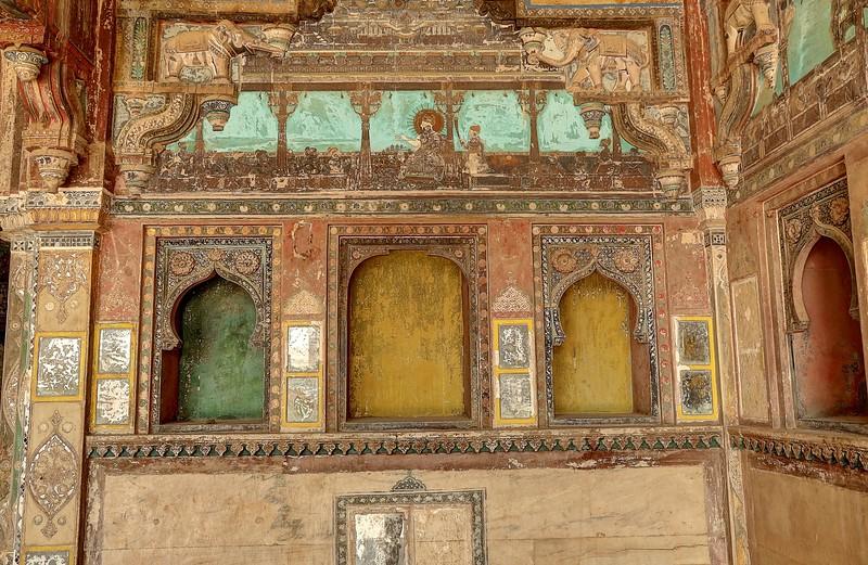 Ancient murals in Chhatra Mahal, Bundi Palace