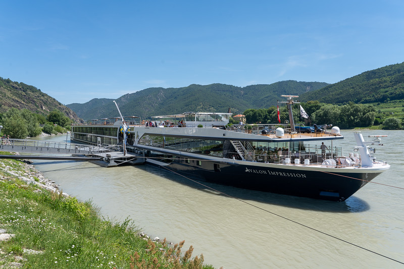 The Avalon Impression on the Danube