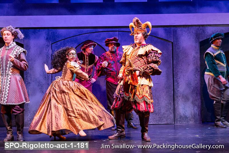 SPO-Rigoletto-act-1-181.jpg