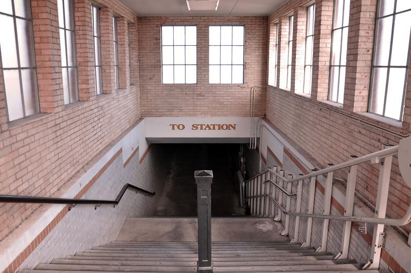 To Station 01.jpg