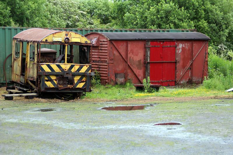 DX68002/DB965330 2w-2PMR Wickham Trolley seen at Scottish Railway Heritage Trust   23/06/13
