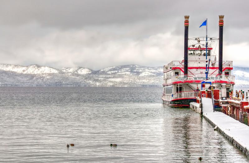 winter-lake-ferry-2.jpg