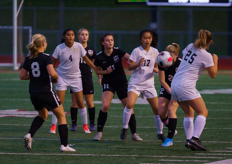 2019-10-24 JV Girls vs Lynnwood 024.jpg