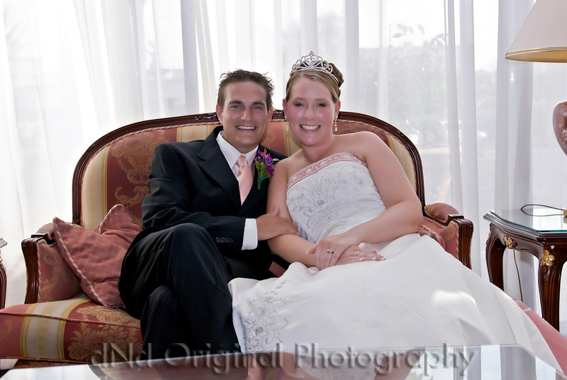 096e Wedding & Dinner - Heather & Justin Lobby.jpg