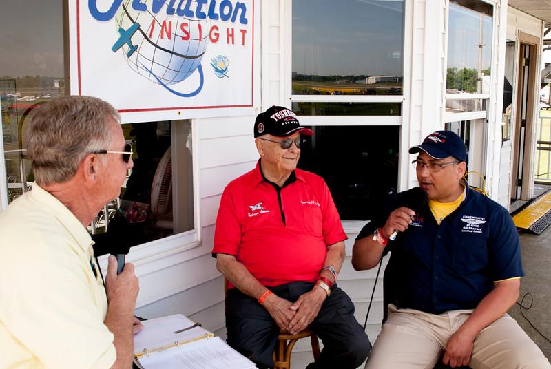 George Hardy and Bill Shepard interviewed by Wayne Flury at Sun 'n Fun 2016