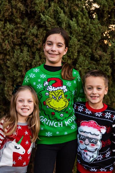 Christmas Sweater Cousins 2020-6705.jpg