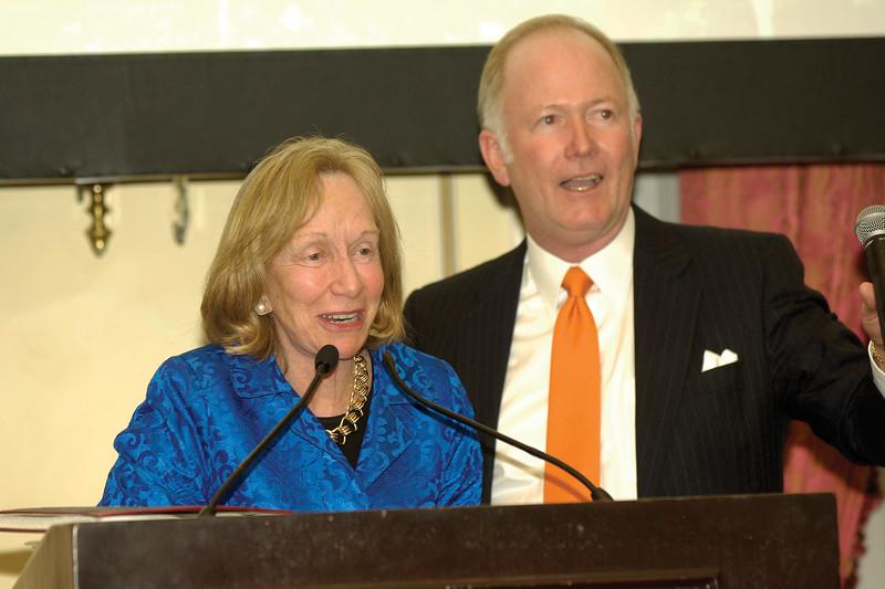 Historian Doris Kearns Goodwin and journalist Bill Griffeth at an American Ancestors book event.