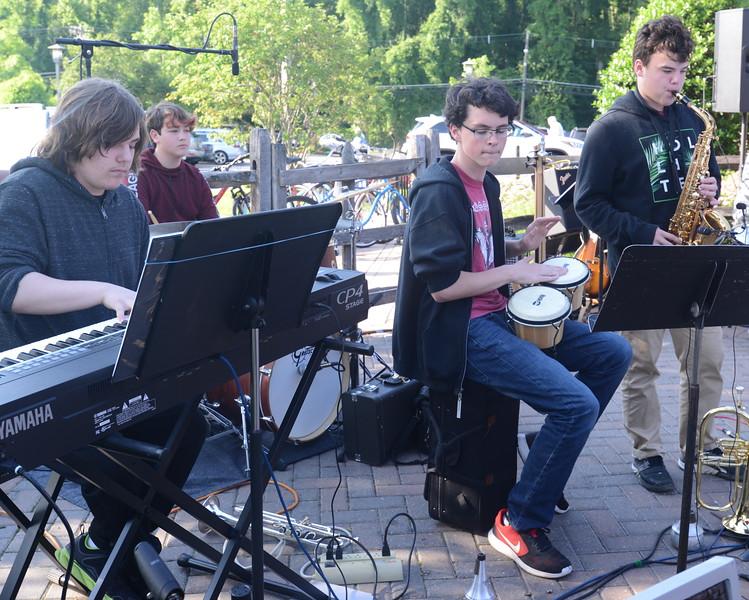 Band 4.JPG