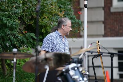 Dave Diamond Band at Landmark