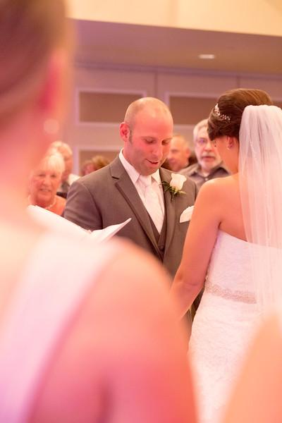 Matt & Erin Married _ ceremony (215).jpg