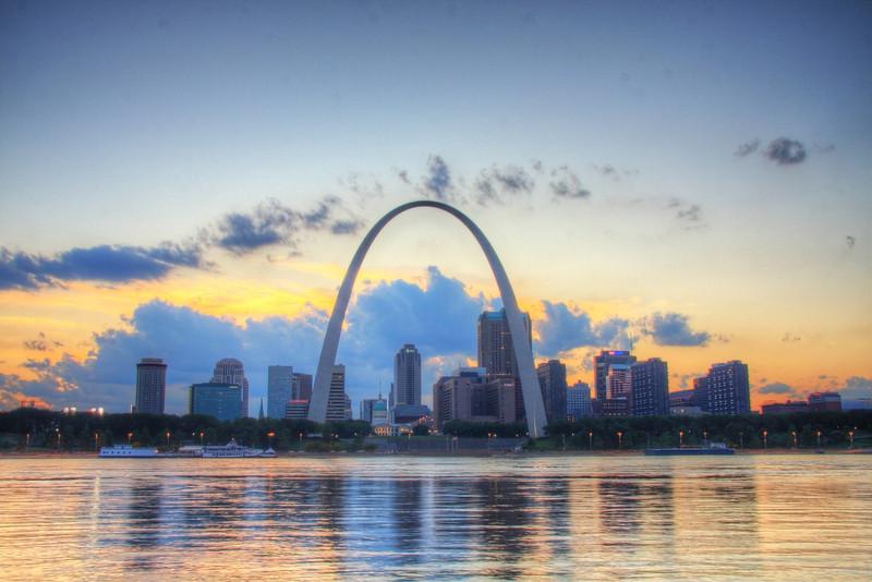 Gateway Twilight St. Louis, MO, USA
