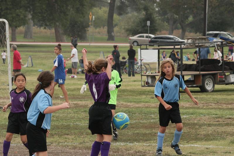 Soccer2011-09-17 10-21-21.JPG