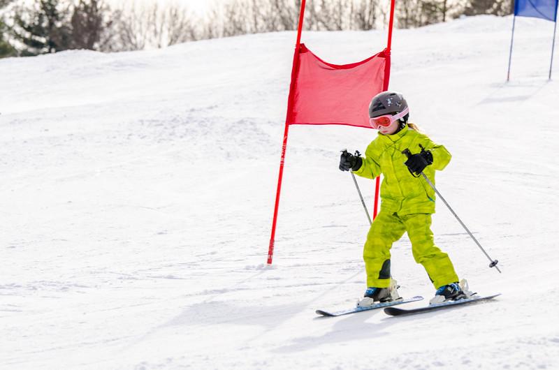 Standard-Races_2-7-15_Snow-Trails-24.jpg