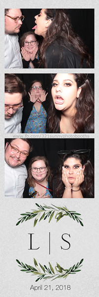 ELP0421 Lauren & Stephen wedding photobooth 130.jpg
