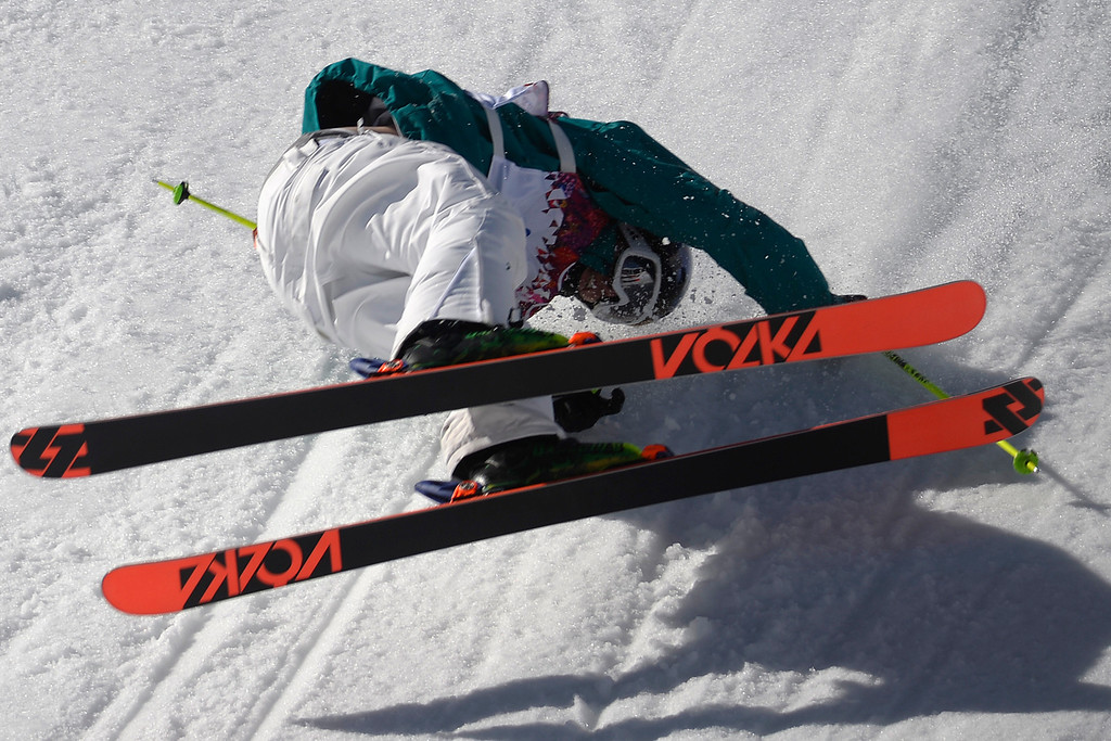 . Australia\'s Russ Henshaw wrecks during the men\'s ski slopestyle final at the Rosa Khutor Extreme Park. Sochi 2014 Winter Olympics on Thursday, February 13, 2014. (Photo by AAron Ontiveroz/The Denver Post)