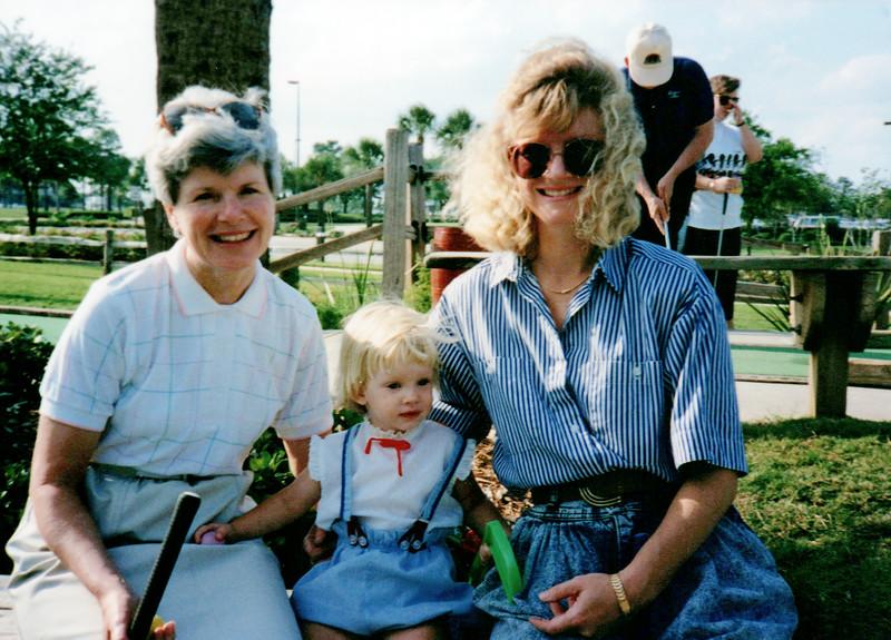 1989_April_Swimming Orlando Pirates Cove _0038_a.jpg