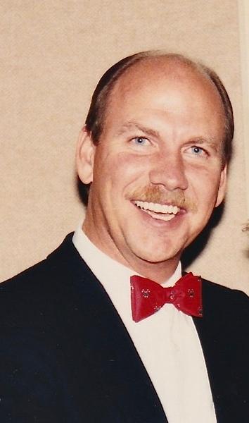 Lance Holt