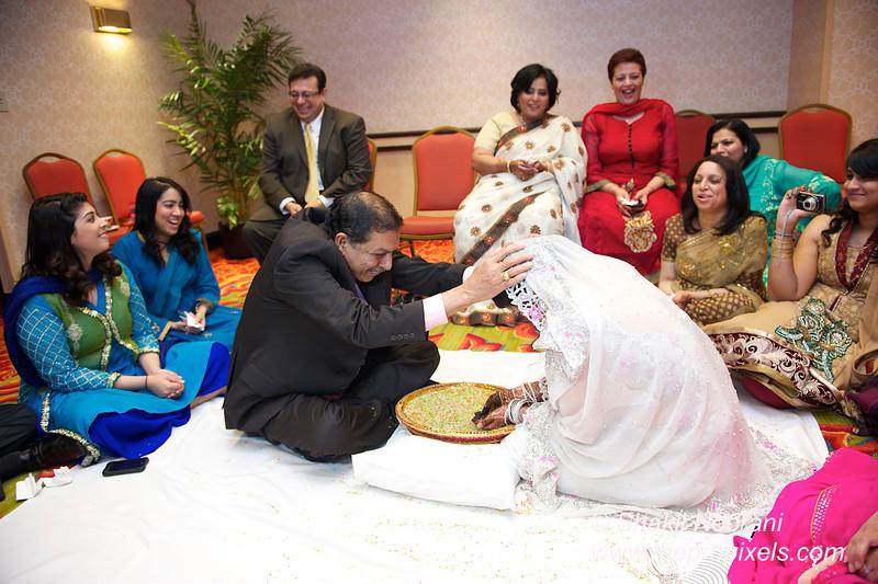 Naziya-Wedding-2013-06-08-01936.JPG