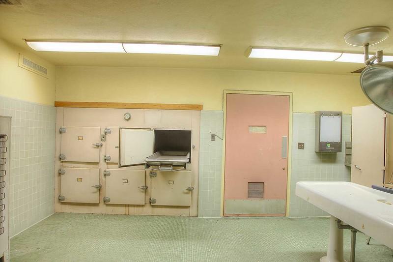 hospital_morgue_135_int1.jpg