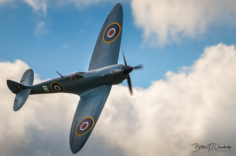 Supermarine Spitfire PRXI PL983 (G-PRXI) at Shoreham 2014