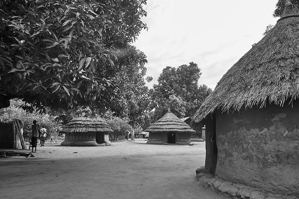 Mori Village (black and white)