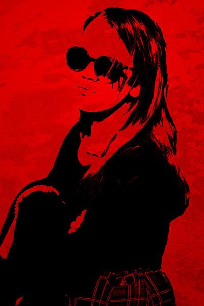 Hedda_Shadow_Red_6303.jpg