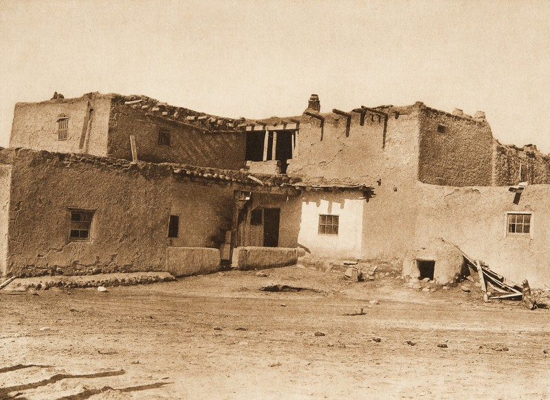 Jemez houses (The North American Indian, v. XVI. Norwood, MA, The Plimpton Press,  1926)