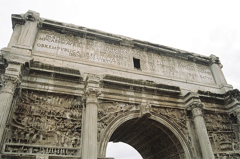 Sunday_Foro_Victory_Arch_Detail