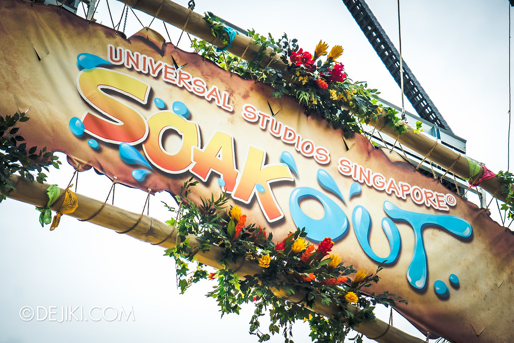 Universal Studios Singapore - Park Update May 2016 / Universal Studios Singapore Soak Out - Banner