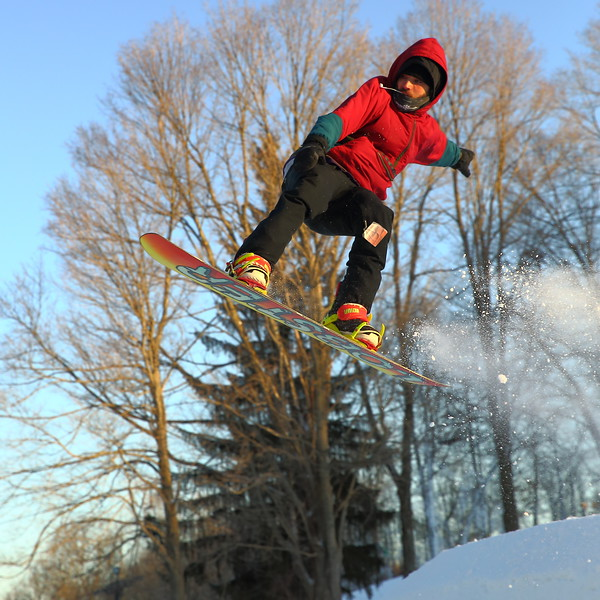 Dane Adams - Snow Trails, Big Air D21A3794 2019-2-9.JPG