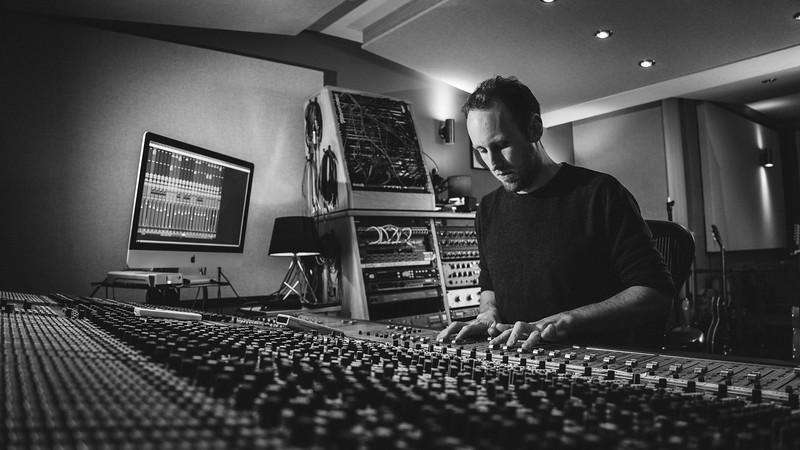 Tom Bish Studio 2019-10.jpg