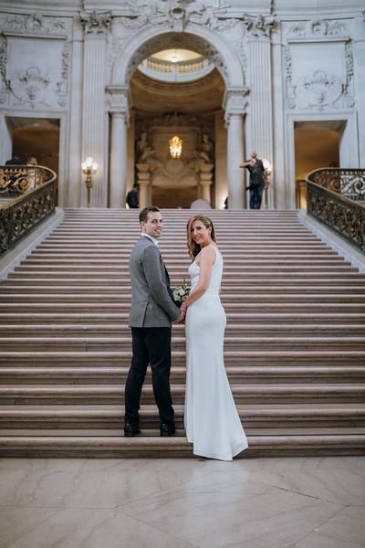 2018-10-04_ROEDER_EdMeredith_SFcityhall_Wedding_CARD1_0149.jpg