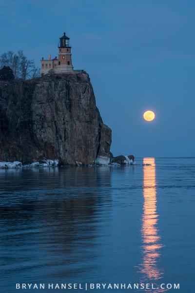 Split Rock Moonrise