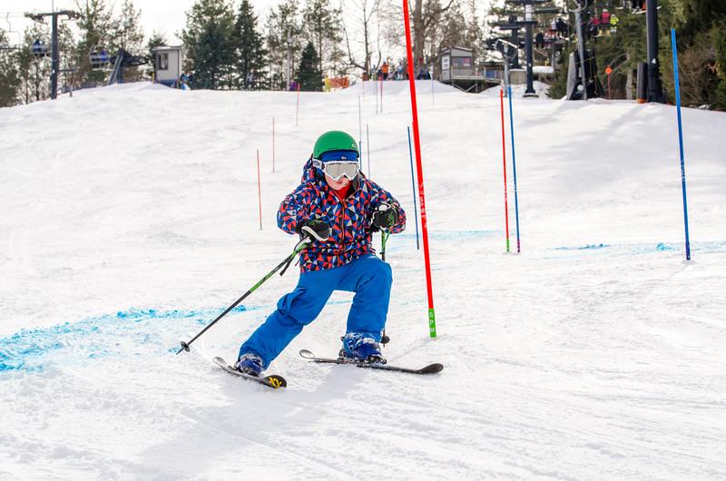 Standard-Races_2-7-15_Snow-Trails-204.jpg