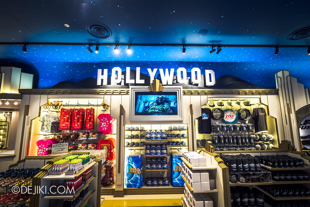 Universal Studios Singapore - Silver Screen Store - Movies collection, Hollywood area