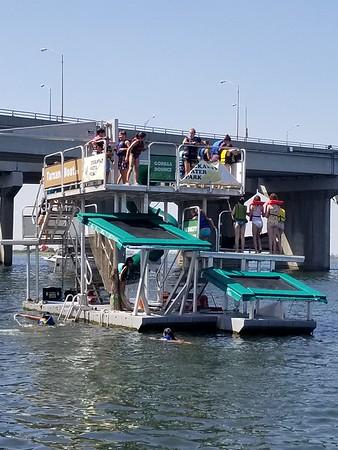 2017-08-30 Tarzan Boat