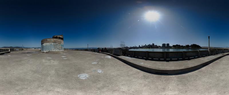 municiple pier-1110 panorama.jpg