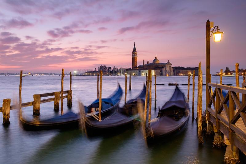 Gondola dawn