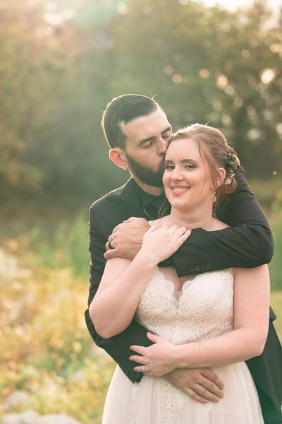 rustic_ohio__fall_barn_wedding-327.jpg